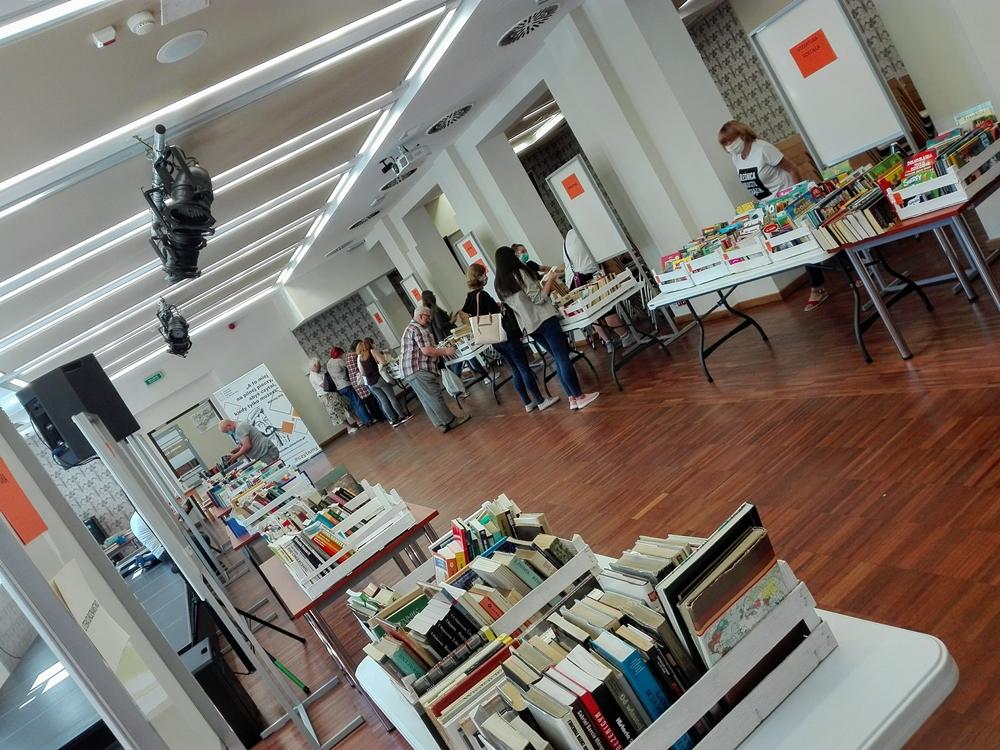 Widok na salę konferencyjną Biblioteki w trakcie trwania